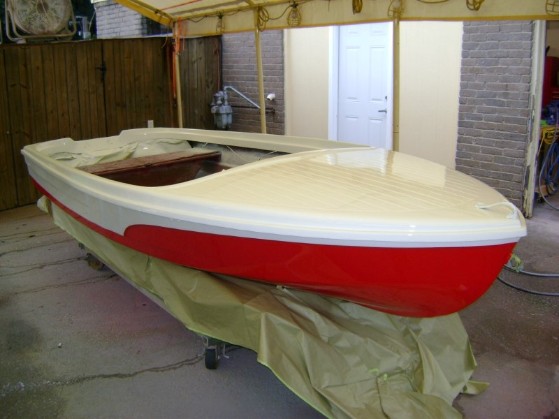 1972 Runabout 15ft Paint Job (13)