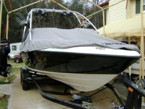 2006 Yamaha Ar230Ho Hull Damage (9)