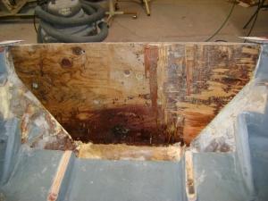 2004 Nitro Transom Repair (13)